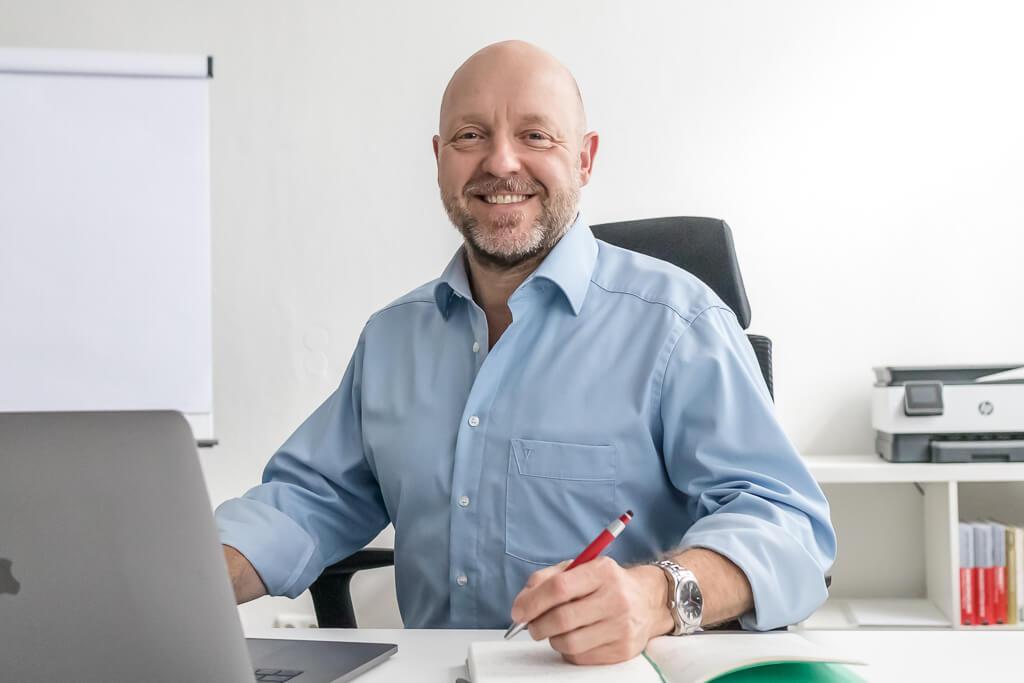 Frank Nitze Consulting franknitze.de Pflegedienste qualifizierte Bewerber Fachkräftemangel